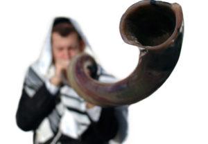 blowing-the-shofar